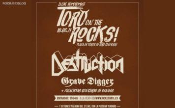 toro-on-the-rocks-con-destruction
